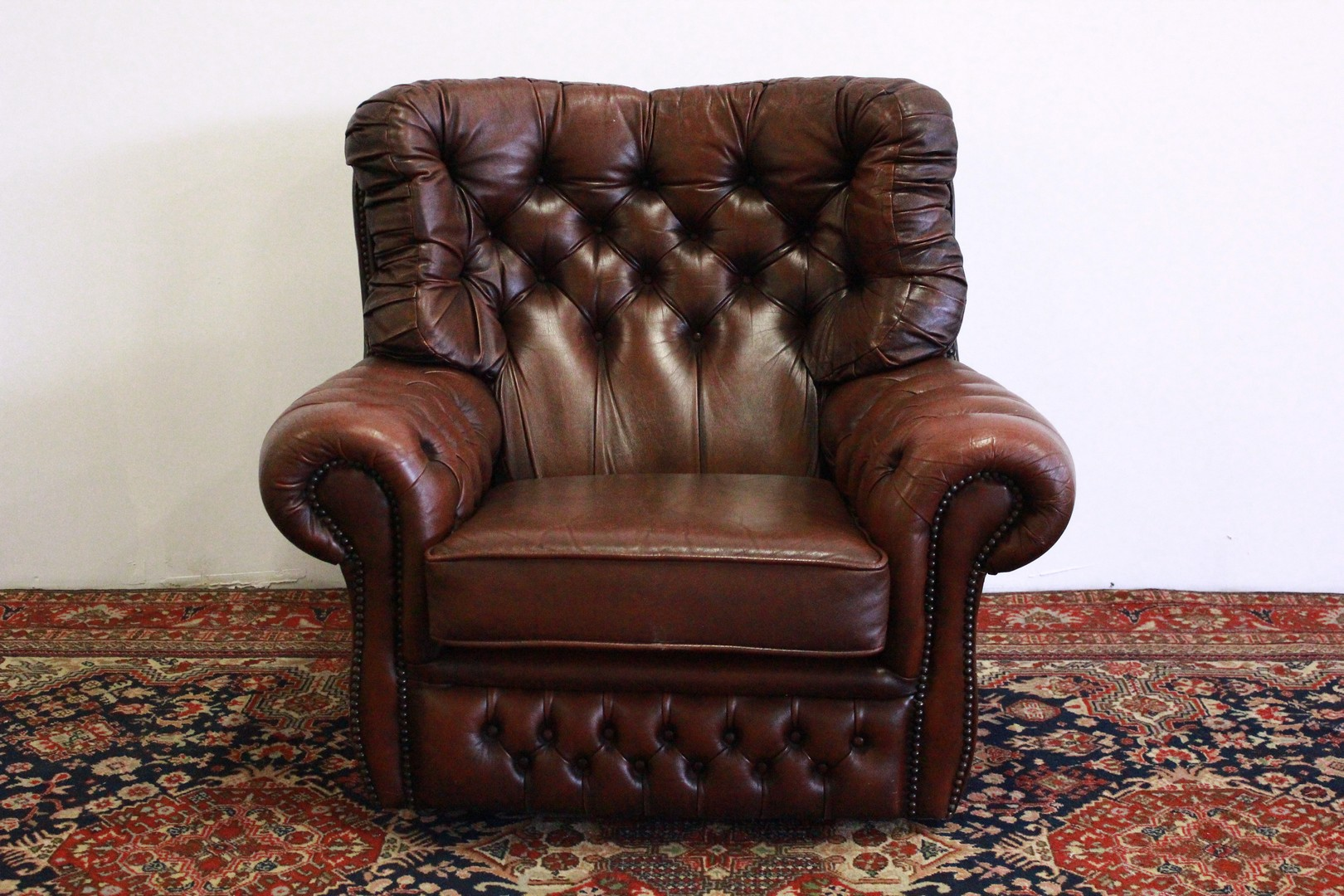Poltrone Bergere In Pelle.Poltrona Chesterfield Bergere In Pelle Marrone 711 Divani