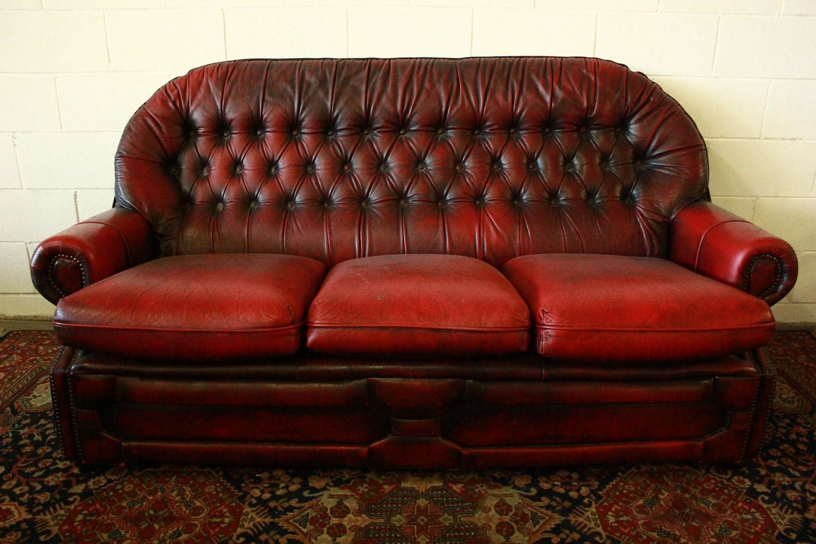 Divano chesterfield chester inglese 3 posti colore for Divano in inglese