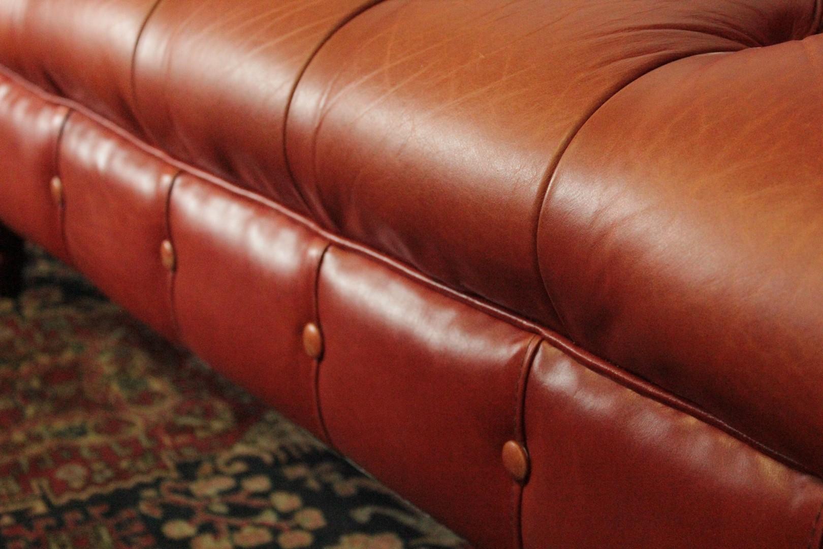 Divano Pelle Arancione : Divano chesterfield club posti arancione u divani