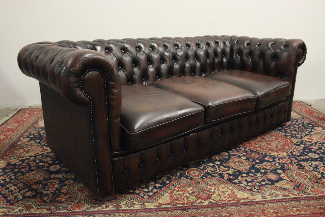 Divano Chesterfield 3 Posti.Divano Chesterfield Club 3 Posti Marrone 005 Divani Originali