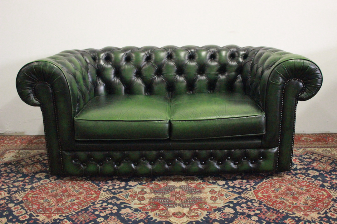 Chesterfield Divano Originale.Divano Chesterfield Club 2 Posti Verde Thomas Lloyd 716