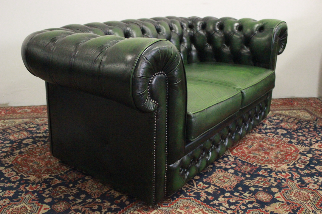 Poltrona Frau 1919 Outlet : Chester Sofa And 1919 Armchair By ...
